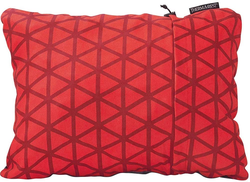 THE BEST BACKPACKING PILLOWS FOR SIDE SLEEPERS